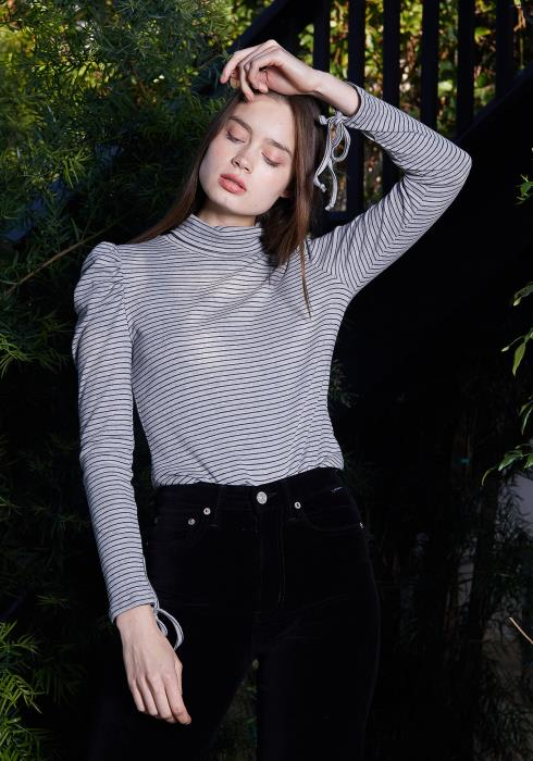 Nurode Turtle Neck Puff Sleeve Knit Top Women Clothing