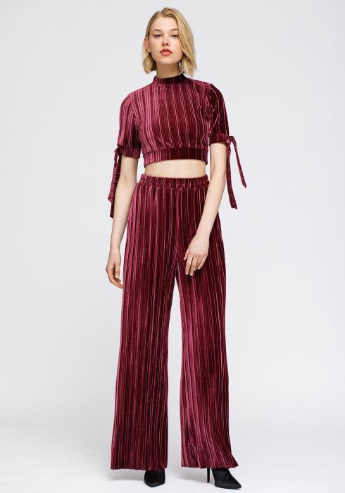 Nurode Velvet Mock Neck Tie Sleeve Crop Top Women Clothing