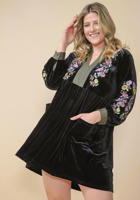 Asoph Plus Size Velvet Embroidered Tunic Dress
