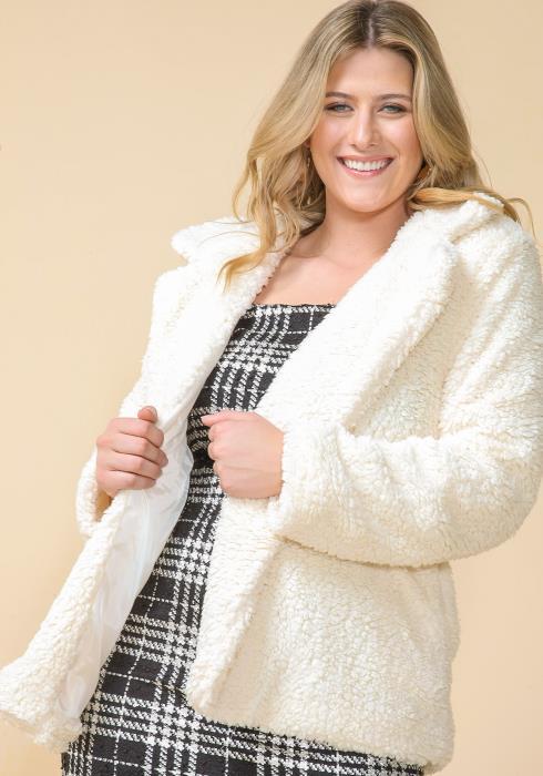 Asoph Plus Size Fluffy Faux Fur Jacket