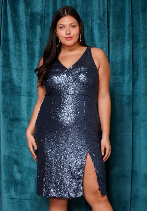 Asoph Plus Size Sleeveless Sequin V-Neck Sleeveless Dress