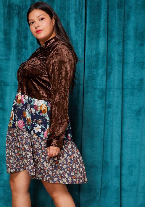 Asoph Plus Size Velvet Floral Button Up Dress