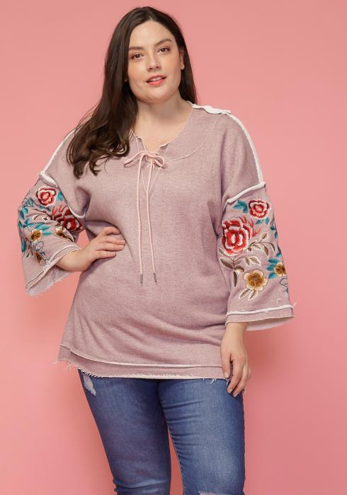Asoph Plus Size Floral Embriodered Tunic Top