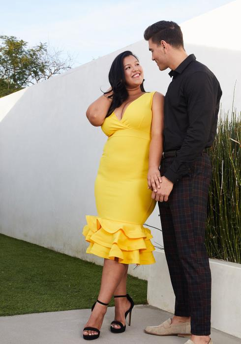 Asoph Plus Size V-Neck Bodycon Dress