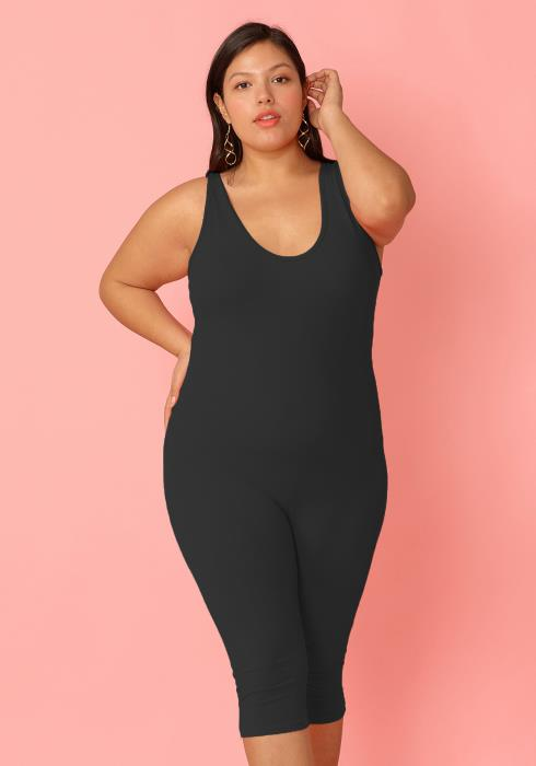 Plus Size Scoop Neck Sleeveless Fitted Romper