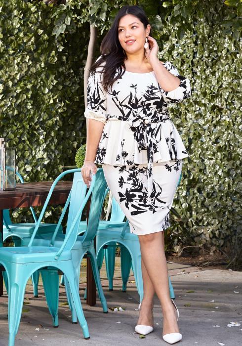 Asoph Plus Size Floral Paint Stroke Peplum Dress