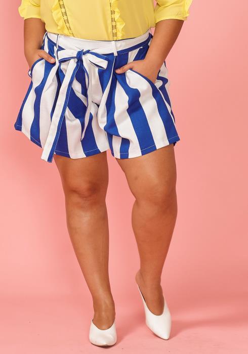 Plus Size Stripe Print Tie Waist Shorts