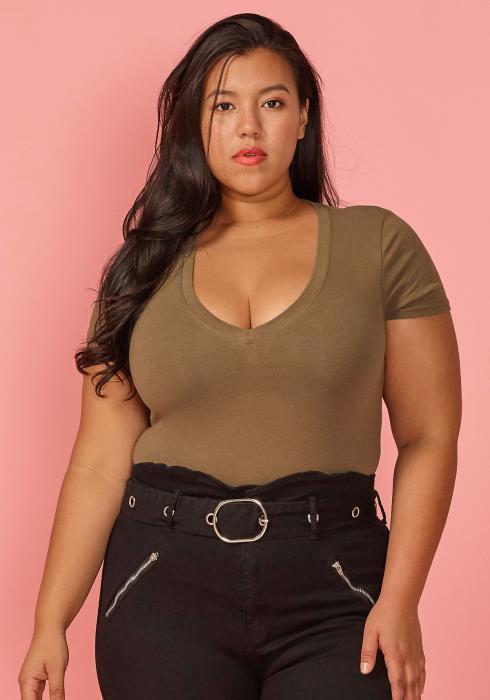 Asoph Plus Size V-Neck Short Sleeve Basic Bodysuit
