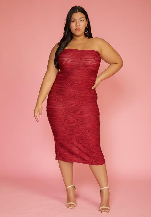 Plus Size Textured Tube Top Bodycon Midi Dress