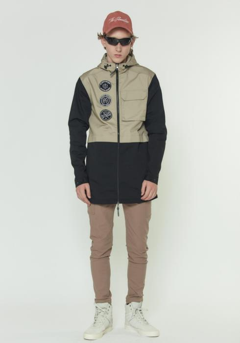 HOODED JACKET WITH COLOR BLOCKING AND PATCHES