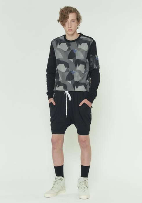 RIB CUFFED SHORTS IN LIGHT WEIGHT KNIT FABRIC
