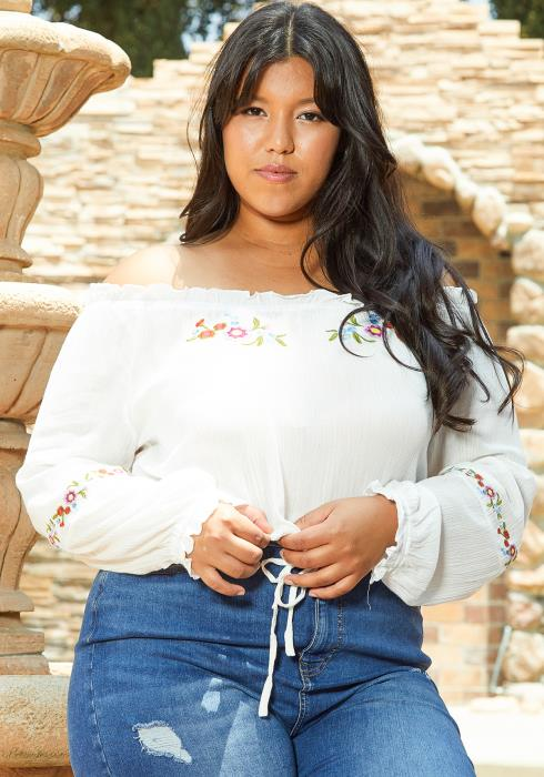 Asoph Plus Size Floral Embroidered Cropped Blouse