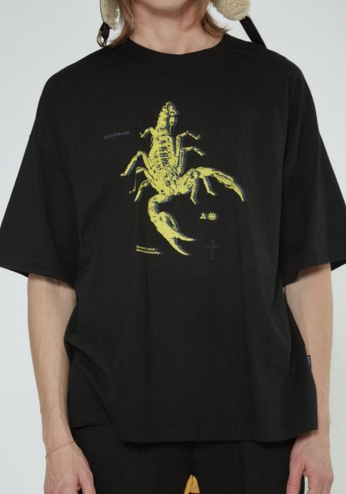 Oversize Scorpion Art Tee