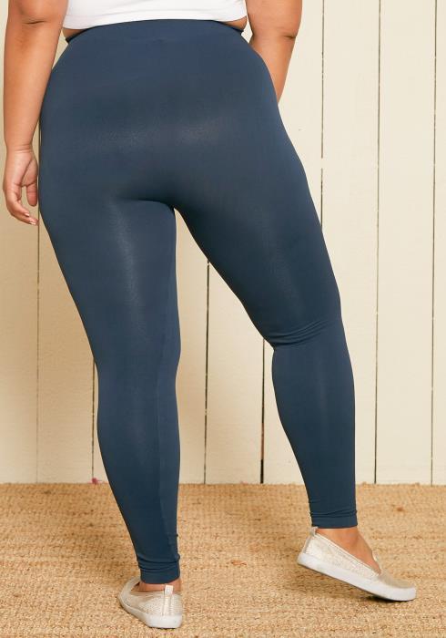 Nikibiki Seamless x Asoph Plus Size Ankle Length Leggings