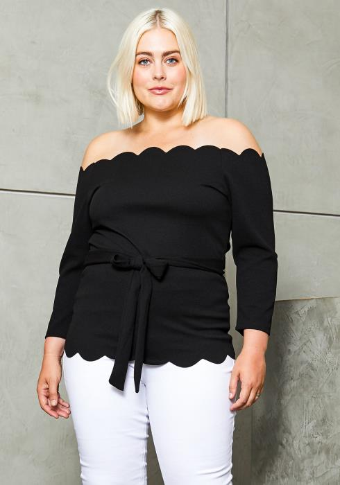 Asoph Plus Size Scallop Hem Blouse