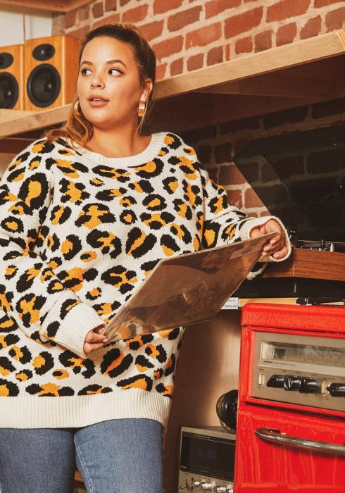 Asoph Plus Size Leopard Print Low Open Back Sweater