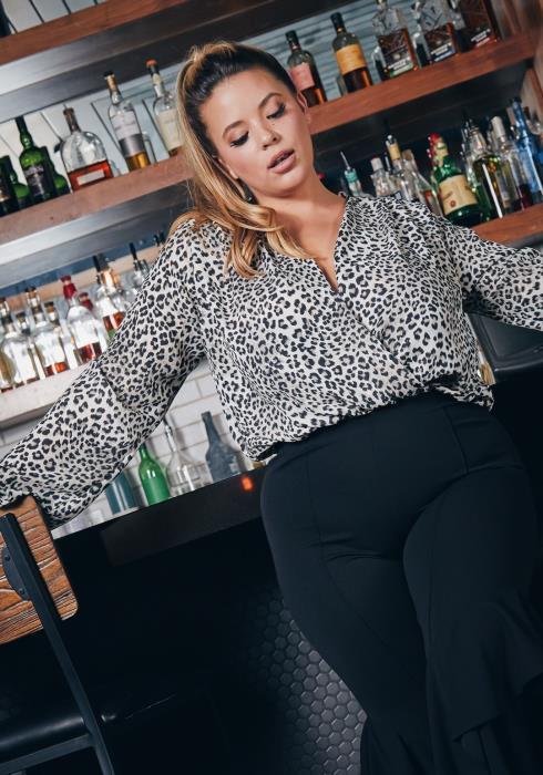 Asoph Plus Size Snow Leopard Long Sleeve Women Bodysuit