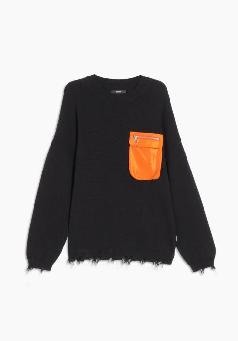 Fully Fashioned Oversize Sweater with Pocket
