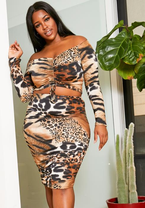 Asoph Plus Size Leopard Hunter Two Piece Set