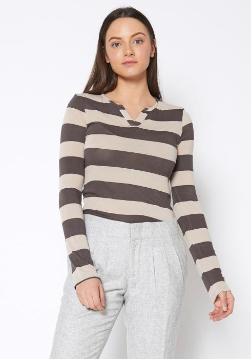RO & DE  Womens Split Neck Stripe Top
