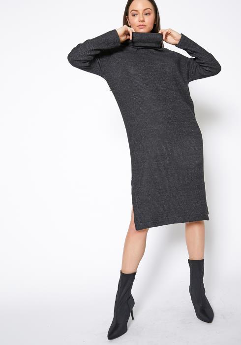 RO & DE Turtle Neck Midi Sweater Dress