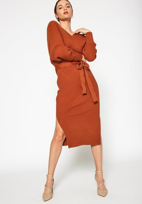 Tansy Womens Ribbed Knit V Neck Midi Dress
