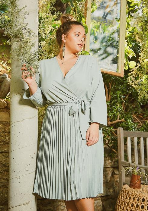 Asoph Plus Size Mint Pleated Fit & Flare Midi Dress