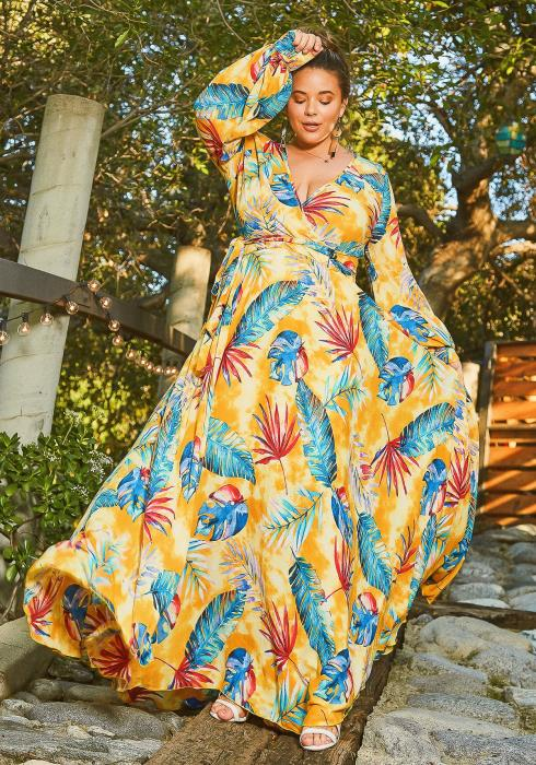 Asoph Plus Size Fresh Tropical Leaves Long Sleeve Maxi Gown