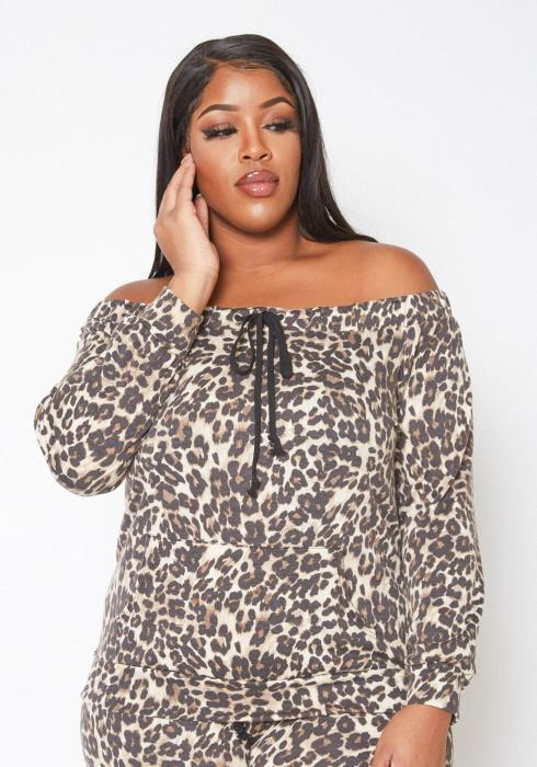 Asoph Plus Size Off Shoulder Leopard Print Sweater