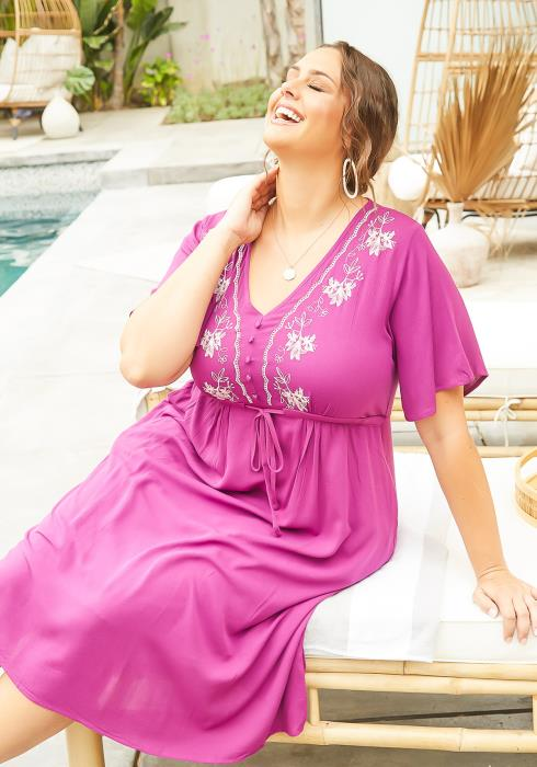 Asoph Plus Size Floral Embroidered Magenta Flare Midi Dress