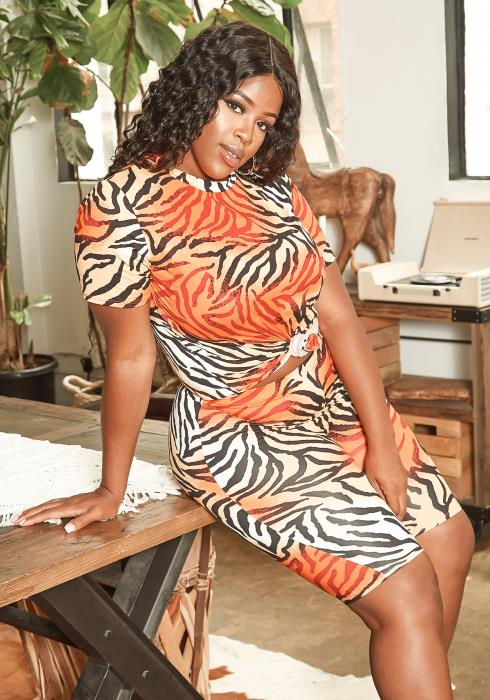 Asoph Plus Size Tiger Print Tee Shirt & Biker Shorts Set