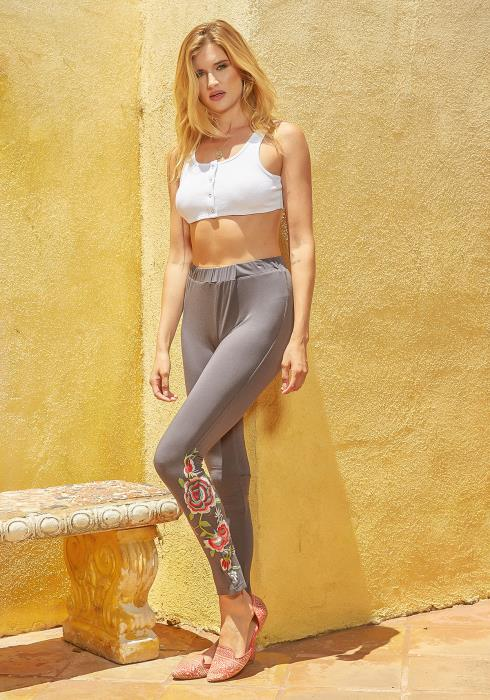 Monoreno Flower Embroidered High Waisted Leggings