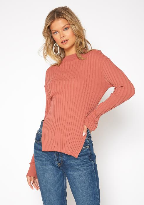 NDS Unbalance Knit Top