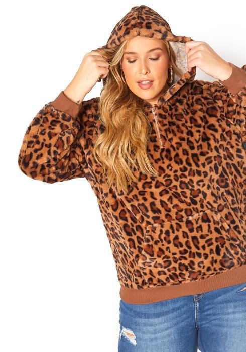 Asoph Plus Size Leopard Fleece Top
