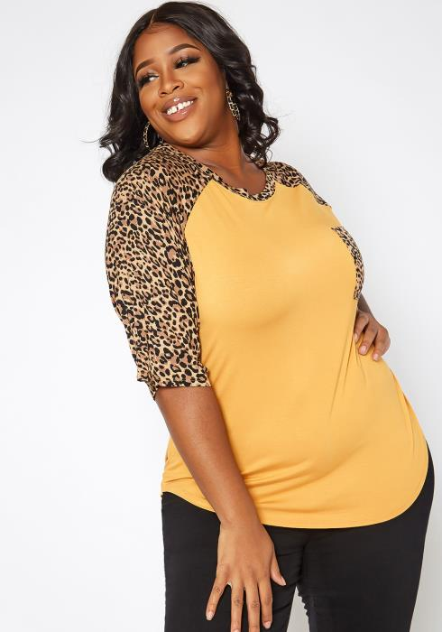 Asoph Plus Size Leopard Print Raglan Sleeve Top
