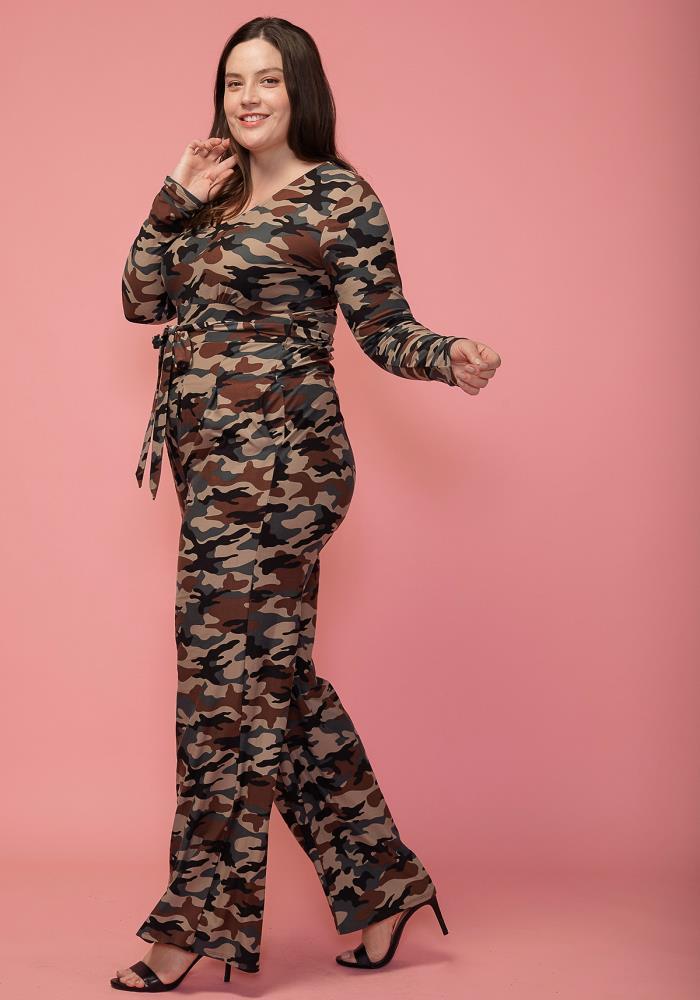252529395ba Asoph Plus Size Camo Print Tie Waist Jumpsuit