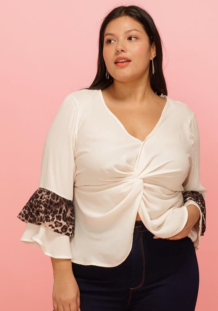 6aaa54f69b2662 Asoph Plus Size Front Twist Knot Leopard Accent Blouse | Asoph.com