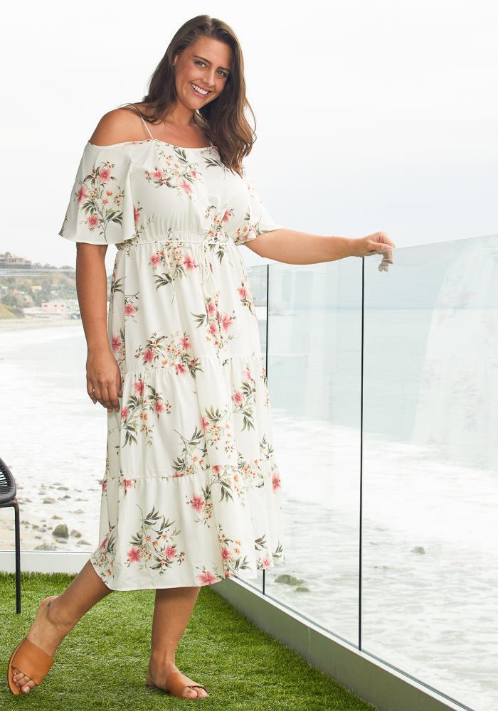 59025d5d113b Asoph Plus Size Floral Open Shoulder Tiered Maxi Dress   Asoph.com