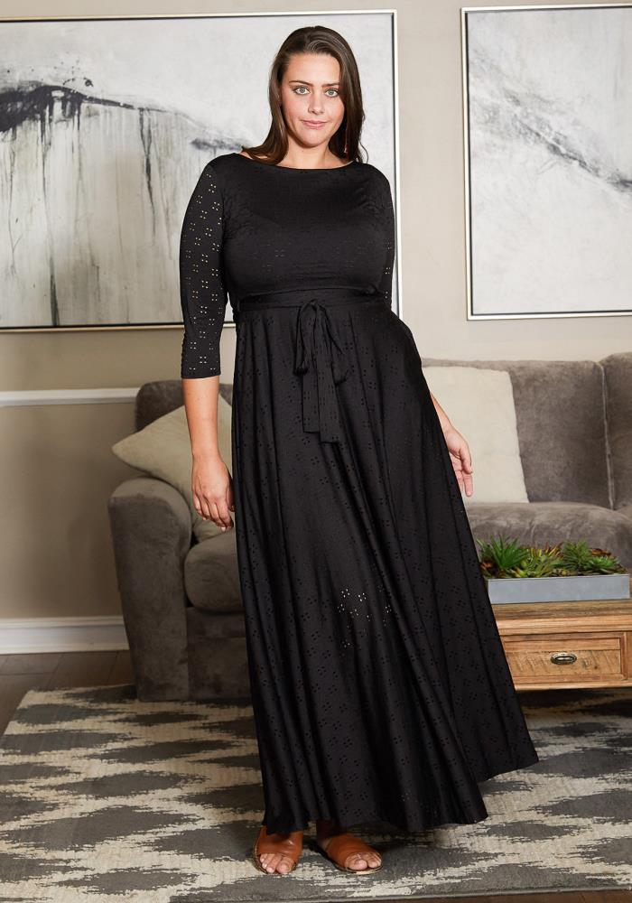 Asoph Plus Size Eyelet Flare Maxi Dress | Asoph.com